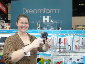 Above: Dreamfarm's Cate McDermott demonstrating the Ortwo at the IH+HS.