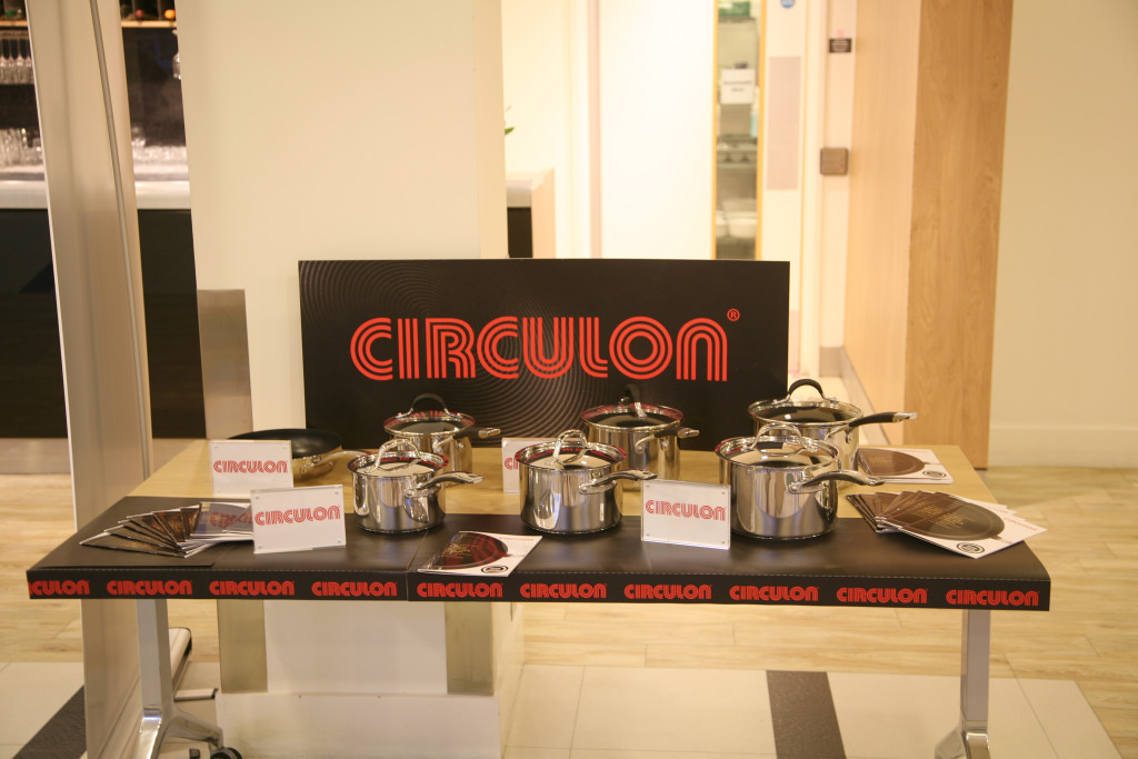 Above: Circulon cookware was used by the Keen Home Cooks and Keen Young Cooks at the Teflon Diamond Standard Awards Finals 2019. It was also part of the competition winners' prizes.