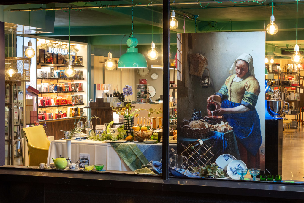 Above: Johannes Vermeer's The Milkmaid draws the eye to La Cuisine's products.
