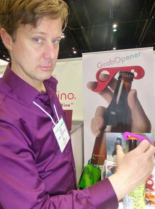 Above: Mark Manger demonstrating the GrabOpener from Zawsi in Inventors' Corner.
