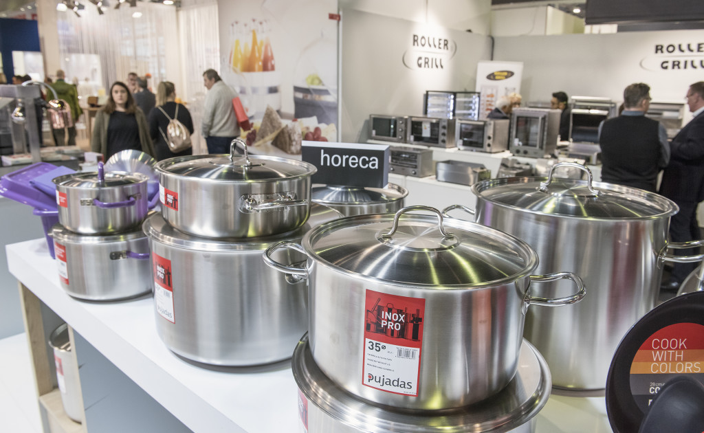 Above: Pujades is among the Ambiente exhibitors that provide cookware for the HoReCa trade.