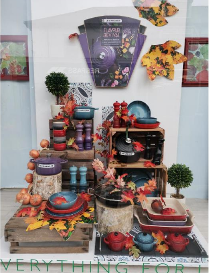 Above: Wroes of Budes brought an autumnal feel to its Flavour Revival window display.
