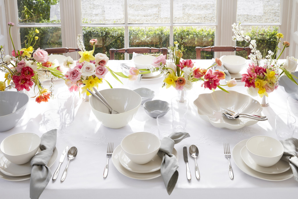 Above: Sophie Conran for Portmeirion Arbor and Floret tableware is designed to be mixed and matched.